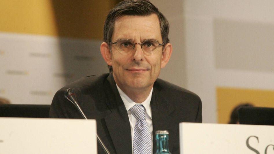 Schaut genau hin: Stefan Schmittmann, Ex-Risikovorstand der Commerzbank, soll neuer Aufsichtsratsvorsitzender werden.