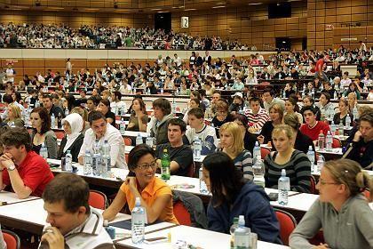 Immer mehr deutsche Studenten: Eignungstestes für das Medizinstudium in Wien