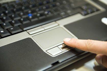 Schutz: Fingerprint-Sensoren sind weit verbreitet. Sie können aber prinzipiell mit Attrappen ausgetrickst werden