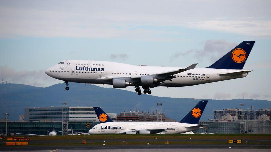 Das Hedging - also die Absicherung gegen rapide Schwankungen - sei für die Lufthansa derzeit kein gutes Geschäft