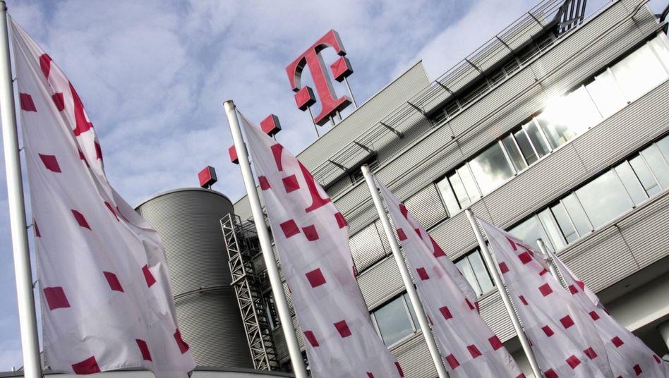 """Telekom-Zentrale in Bonn: """"Da gibt es einen unglaublichen Wasserkopf"""""""
