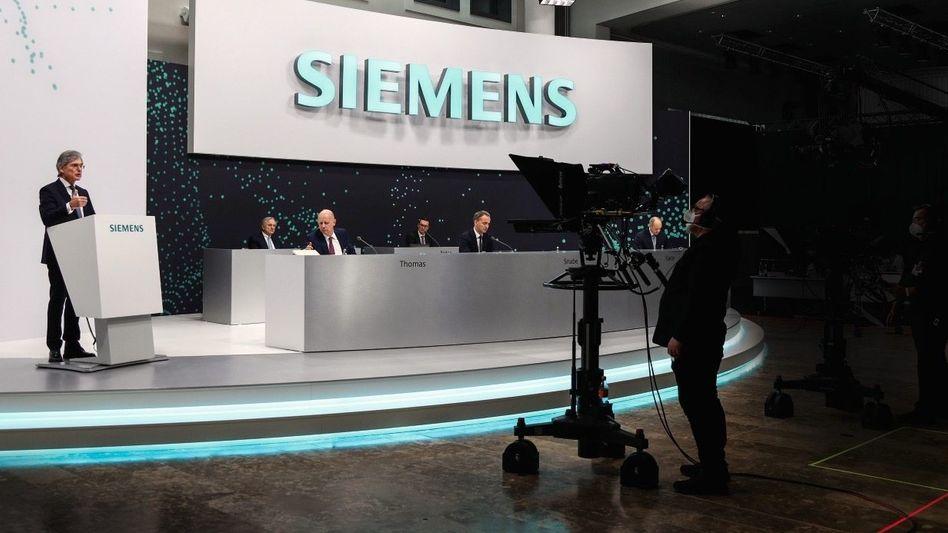 Stiller Stabwechsel: Die virtuelle Siemens-Hauptversammlung am 3. Februar bildete die Kulisse für Joe Kaesers letzten Auftritt als CEO