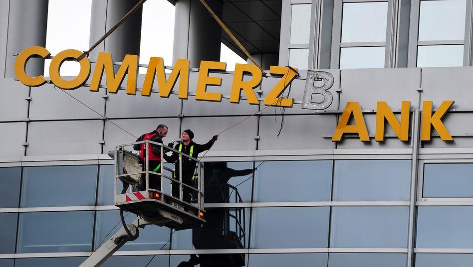 Umbaumaßnahme: Die Commerzbank ist um Sanierung bemüht - und versucht sich gesundzuschrumpfen