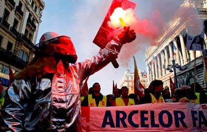 Protest: In Frankreich gehen Arbeitnehmer auf die Straße