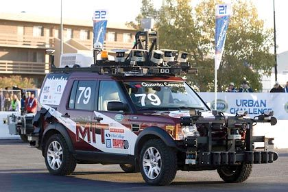 Ab ins Gelände: Das Robo-Fahrzeug vom MIT bot ein hohes Maß an passiver Sicherheit