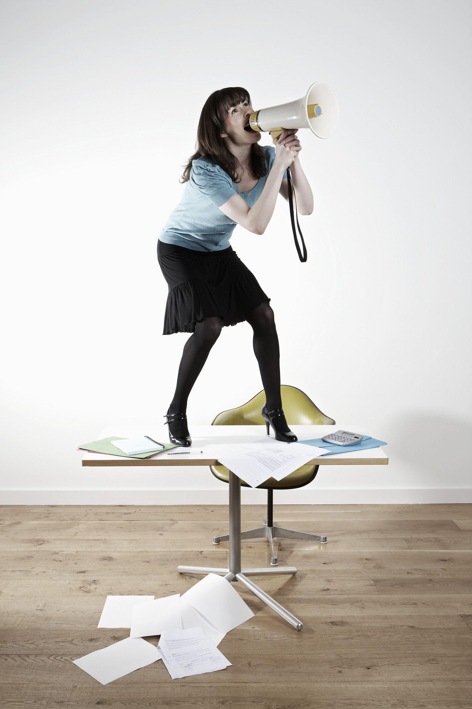 NICHT MEHR VERWENDEN! - Managerin / Businessfrau / Megafon