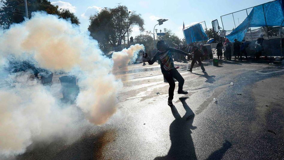 Regierungsviertel: In Bangkok herrschen bürgerkriegsartige Zustände