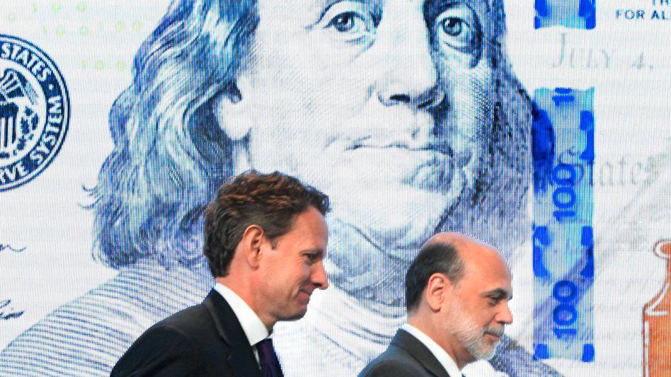 Fed-Chef Bernanke, US-Finanzminister Geithner (links): Kaum noch Optionen, um Wirtschaft und Märkte zu stützen