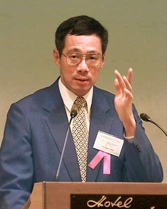 Traditionsunternehmen: Lee Hsien Loong festigt als Premier die Macht der Lee-Dynastie