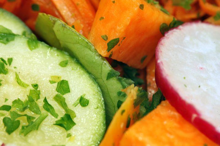Lecker Salat: Ein vernünftiges Abendessen macht einiges an kulinarischem Fehlverhalten wett