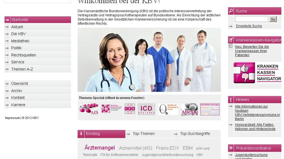 Krankenkassennavigator: Die Ärzte sollen Therapiefreiheit, Service und Bürokratielastigkeit der Kassen bewerten