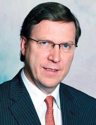"""SWF-Kenner: John Nugée von State Street, einem der weltgrößten Vermögensverwalter und Finanzdienstleister. Dort leitet er unter anderem die Official Institutions Group. Die Studie """"ist das Destillat unserer Arbeit, wir haben ja auch SWFs als Kunden""""."""