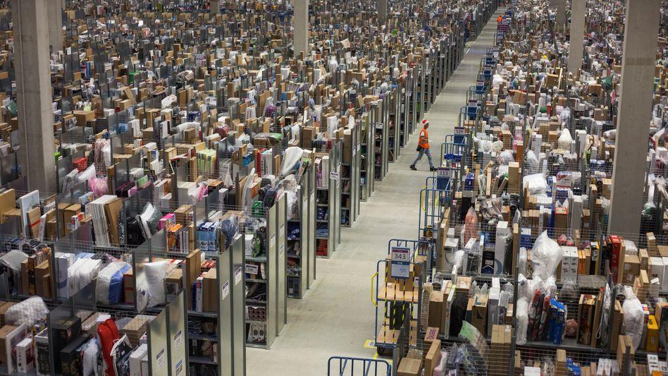 Logistikzentrum von Amazon: Künftig will auch Otto solche Dienste für kleine Händler organisieren