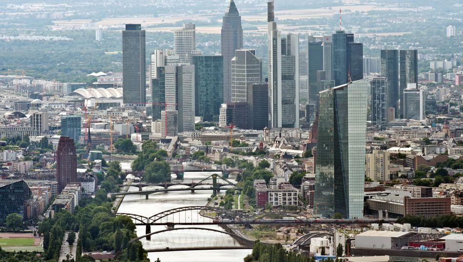 Frankfurter Bankentürme: 23 deutsche Institute haben den Test bestanden