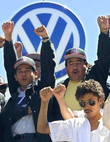 Erfolgreich gestreikt: Arbeiter im VW-Werk Puebla