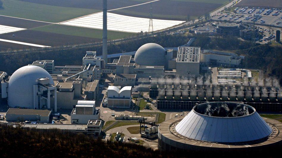 Vor dem endgültigen Aus: Auch das Kraftwerk in Neckarwestheim wäre vom Beschluss der Umweltminister betroffen