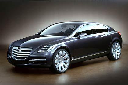 Mächtige Studie: Der Opel Insignia wurde auf der IAA 2003 vorgestellt