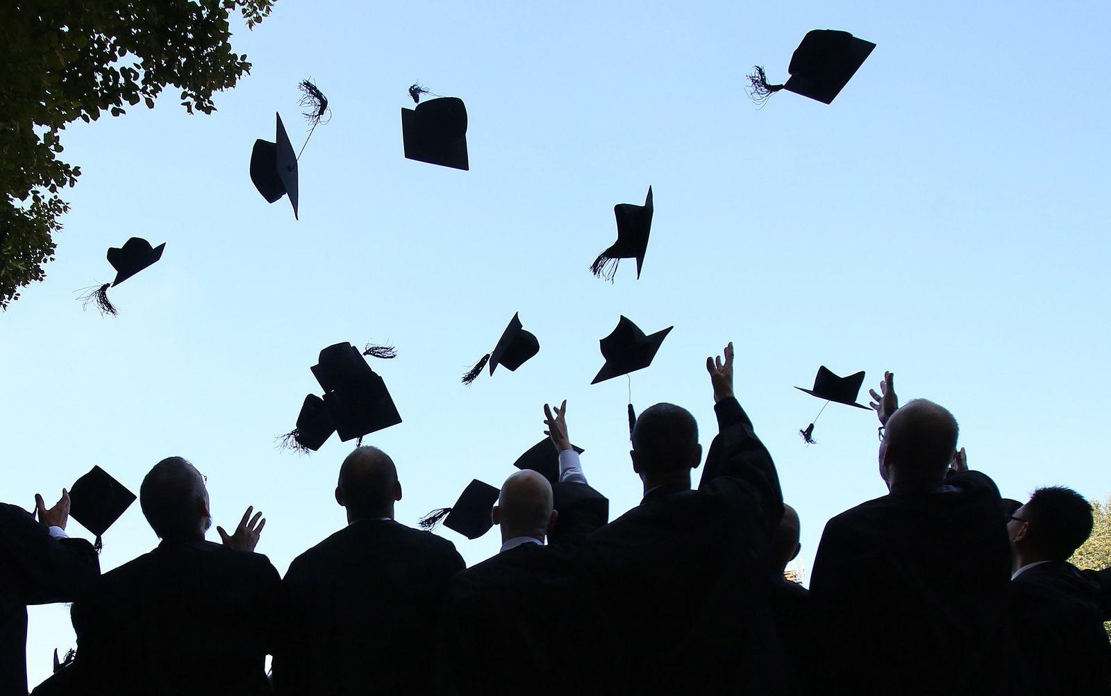 EINMALIGE VERWENDUNG Traumjob dank Doktortitel: Für wen sich die Promotion lohnt