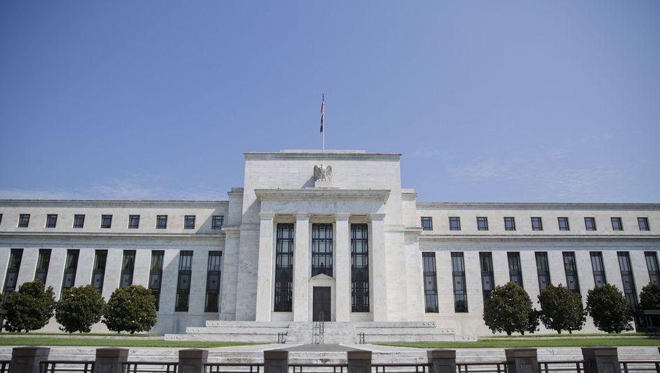 US-Notenbank: Die Fed rechnet mit einem Einbruch des US-Bruttoinlandsprodukts in diesem Jahr um 6,5 Prozent