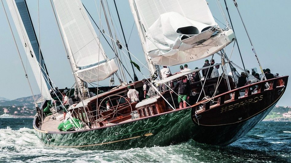 """MANGELHAFT Näders Werft hat die """"Hetairos"""" gebaut, Besitzer Happel erhebt hohe Gewährleistungsansprüche"""