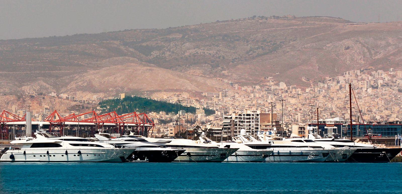 Griechenland / Reiche Griechen / Yachts /Die Reiche Griechen
