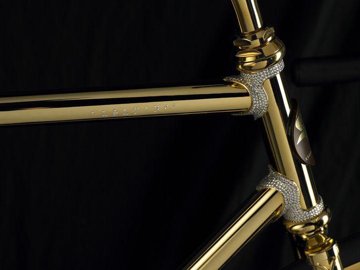 ... die kristallbesetzte De-Luxe-Variante ist für 80.000 Euro zu haben.