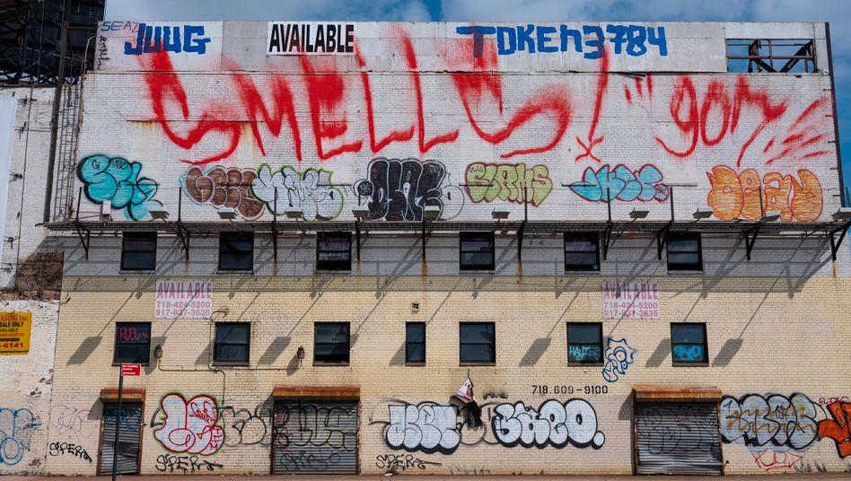 Verlassenes Gebäude in Queens, New York: Kann die Liebe der Anleger für Gewerbeimmobilien tatsächlich vergehen?
