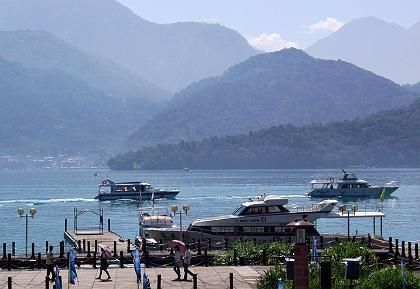 """Treffpunkt der Liebespaare: Der """"Sonne-Mond-See"""" im Herzen der Insel gehört zu den beliebtesten Reisezielen Taiwans"""
