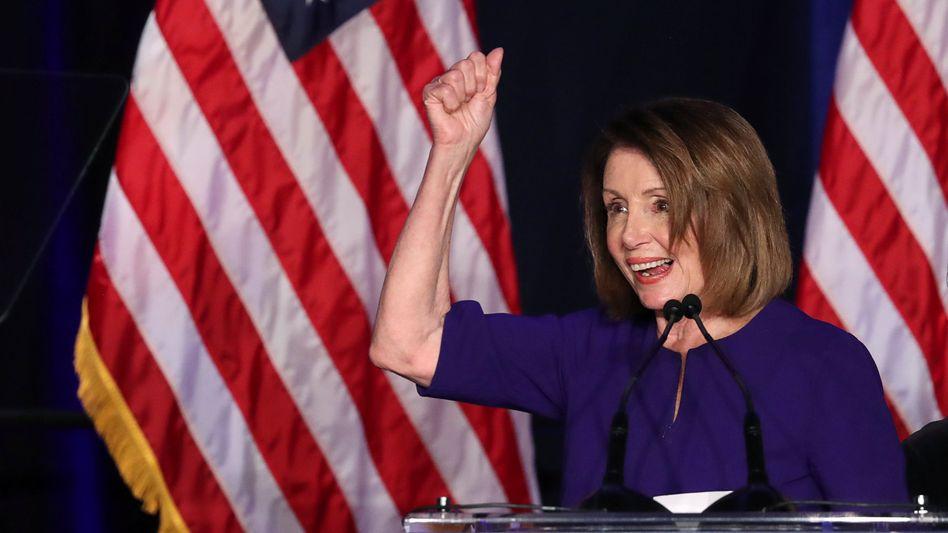 """Midterm-Erfolg: Die Demokratin Nancy Pelosi dürfte im Repräsentantenhaus wieder """"Majority Leader"""" werden"""