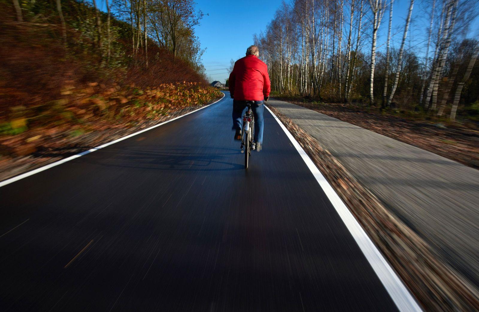 Fahrradschnellweg im Ruhrgebiet