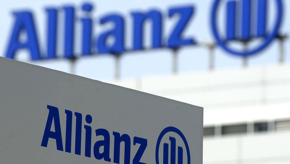 Allianz-Zentrale bei München: Der Versicherer hat Ärger mit einer Firma des grauen Kapitalmarktes