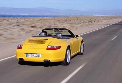 Trotz breitem Heck radikal abgespeckt: Porsche 911 Cabrio