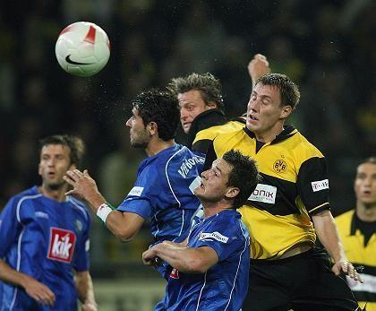 Bundesliga-Fußball: Die Kirch-Pleite hatte die Vereine 2002 schon einmal finanziell in Not gebracht