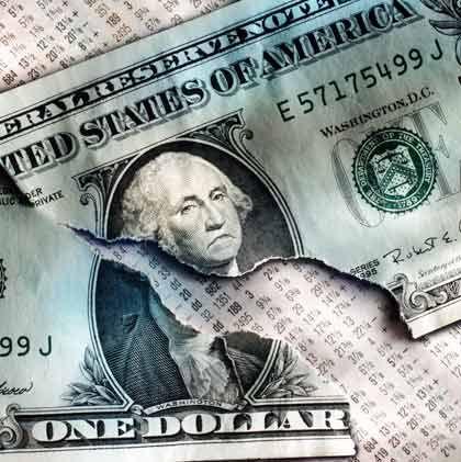Fatal: Viele rasch wachsende Schwellenländer verzichten auf eine eigene Geldpolitik. Sie koppeln ihre Währung an den Dollar, folgen dem Niedrigzinskurs der Fed und treiben damit die Inflation weiter an