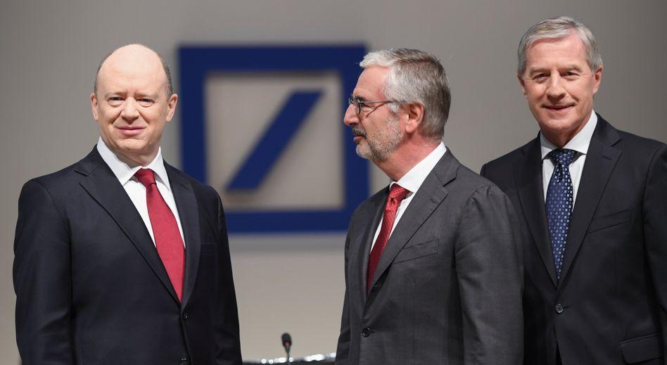Deutsche-Bank-Führung: John Cryan, Paul Achleitner, Jürgen Fitschen (v.l.)