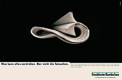 Gerollt, nicht gefaltet: Die Frankfurter Rundschau zeigt Format.