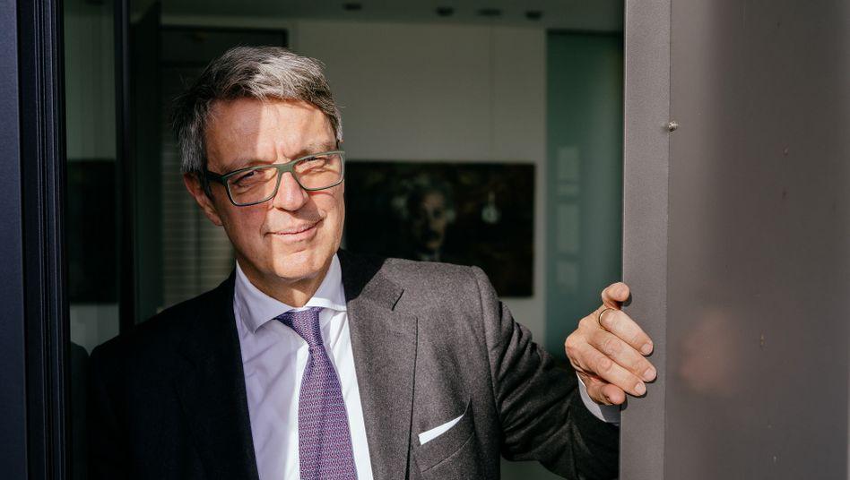 Nothelfer: Der Sanierungsexperte Arndt Geiwitz wird gerufen, wenn große Unternehmen in Schieflage geraten