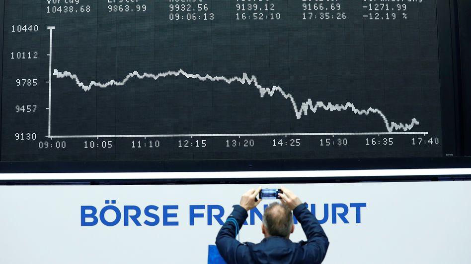 Ein Bild für die Geschichtsbücher: Die Börse erlitt im März Verluste historischen Ausmaßes - und mit ihr auch ein Großteil der Finanzbranche.
