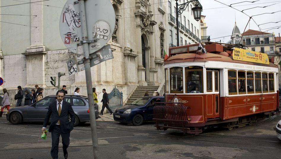 Finanzkrise in Portugal: Die Banken müssen ihre Abhängigkeit von der EZB verringern