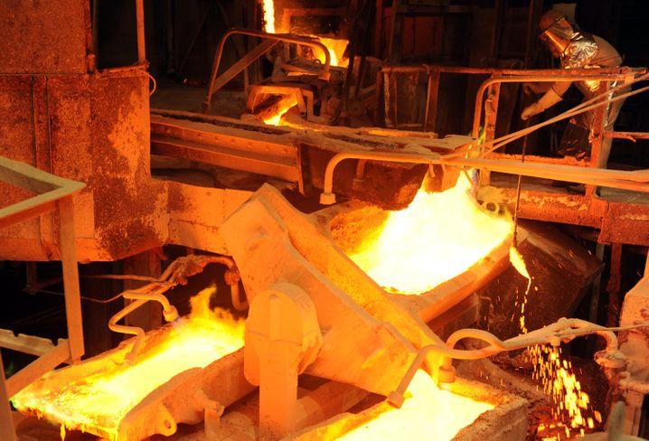 Kupferproduktion bei Aurubis in Hamburg