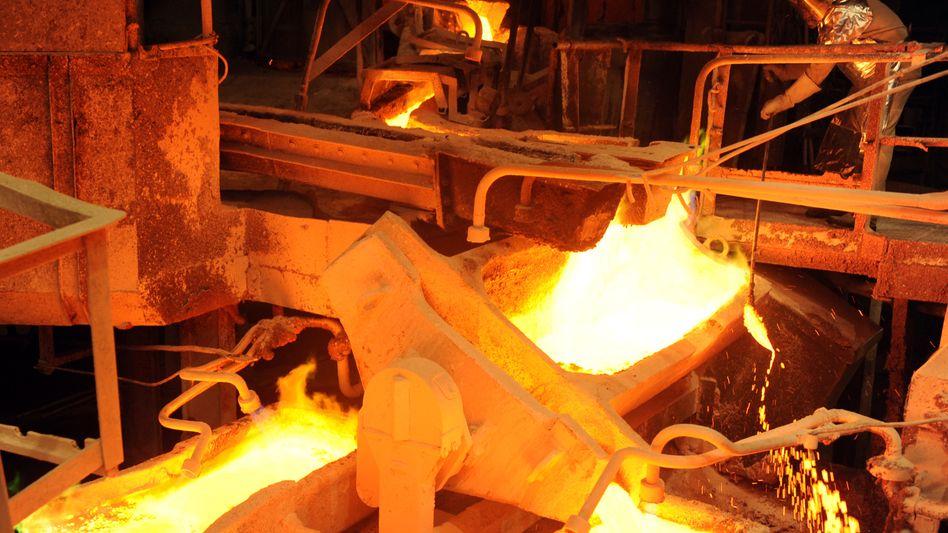 Kupferproduktion bei Aurubis AG: Viele Unternehmen der energieintensiven Industrie zahlen heute weniger für Strom als vor der Atomkatastrophe von Fukushima