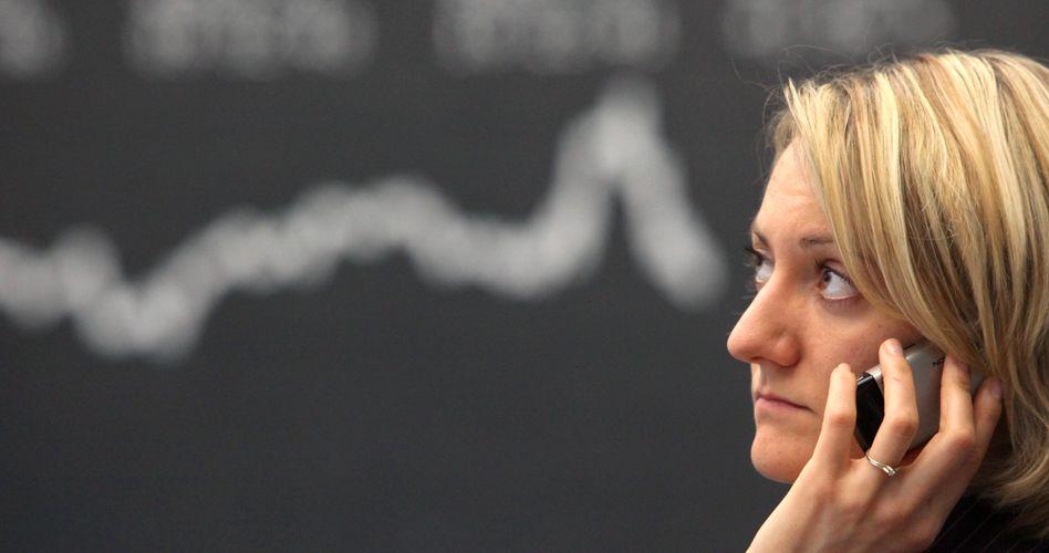 Händlerin in Frankfurt: Der Dax notiert klar im Minus
