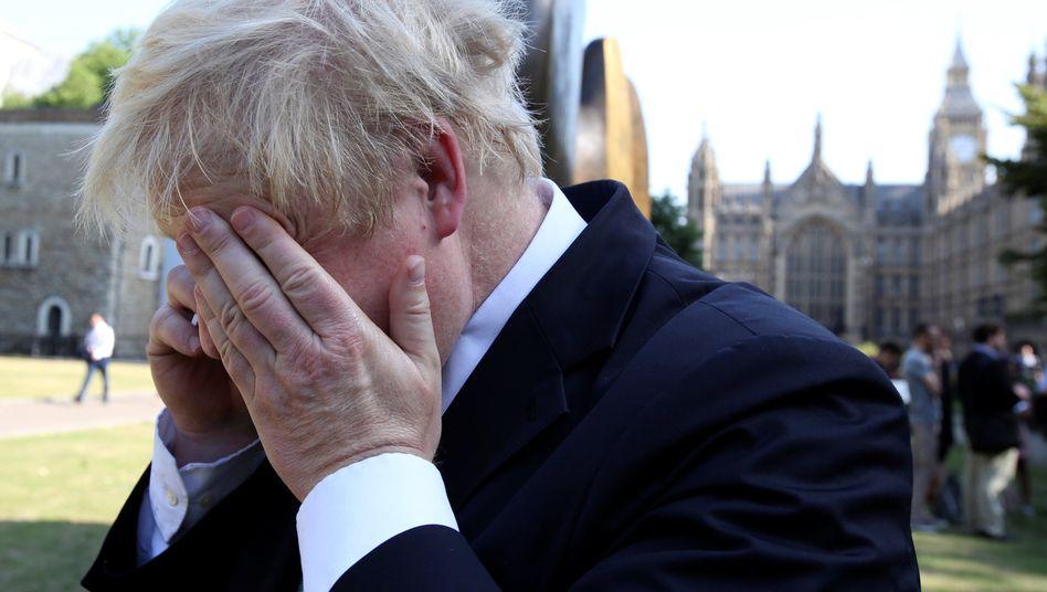 """""""Weiße Fahne über unserem vordersten Panzer"""": Boris Johnson hat wieder viel Zeit zum Schwätzen"""