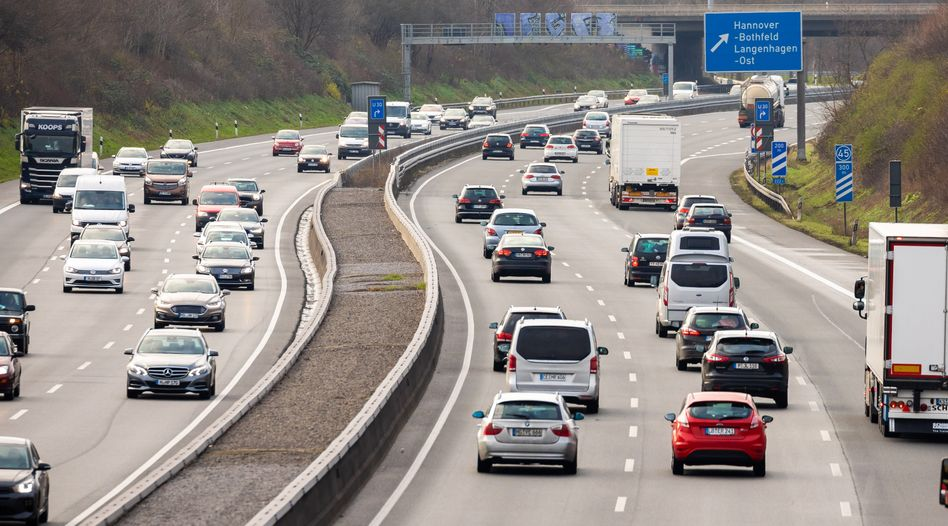 Ortsübliche Autobahn: Derartige Straßen sind inzwischen nicht nur Orte der Fortbewegung, sondern auch Schlachtfelder in einem Glaubenskrieg.