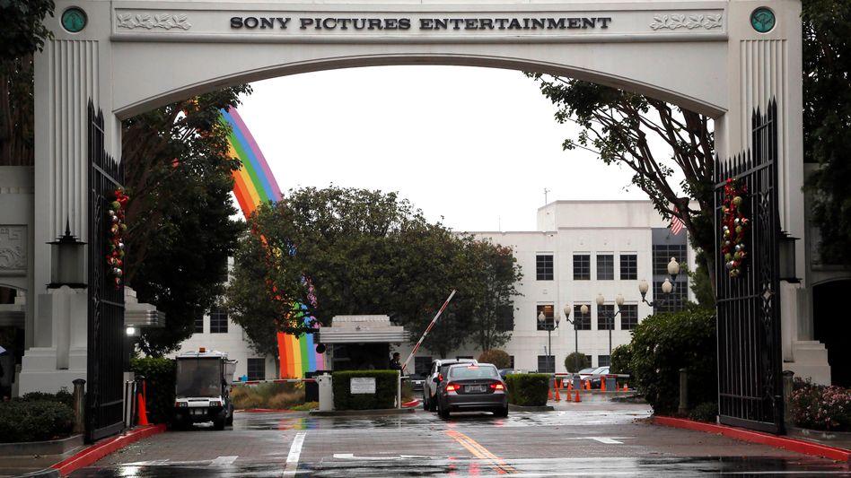 Regenbogen adé: Der Hack-Alptraum Sony Pictures nimmt kein Ende