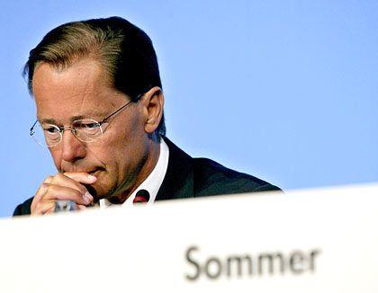 Zog die Notbremse: KarstadtQuelle-Chef Middelhoff verkaufte die Immobilien des Konzerns und löste seine Schulden ab