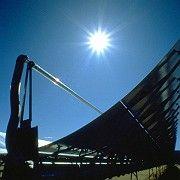 Solar vs. Atom: Sonnenaufgang über der Energiewelt