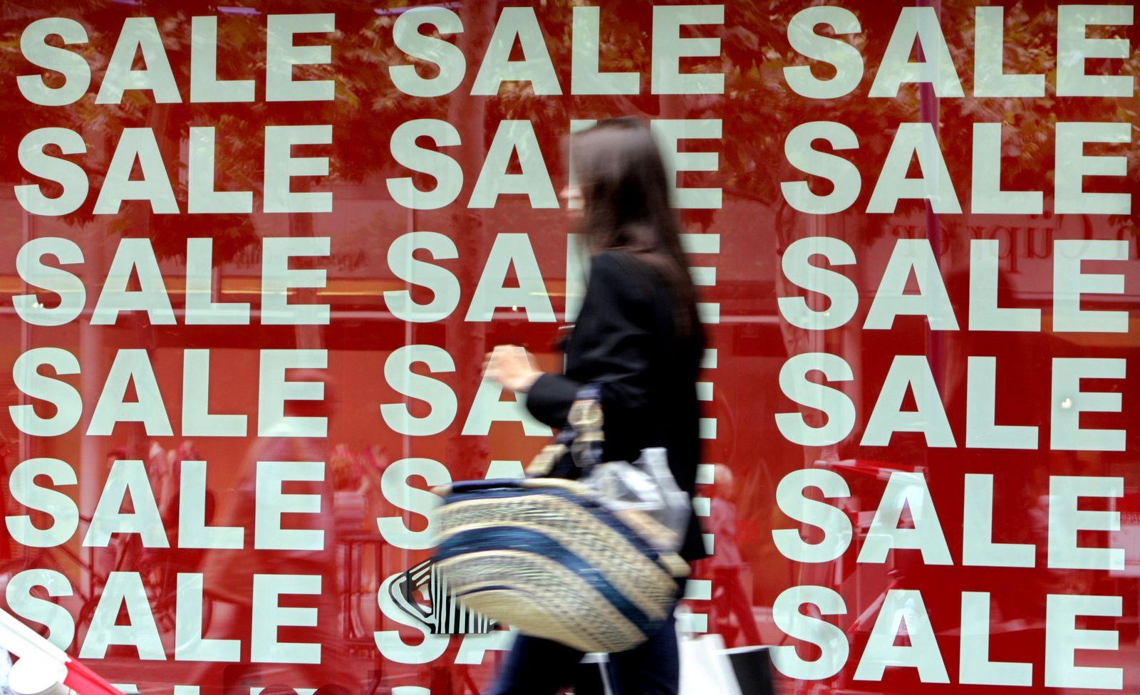 Ausverkauf / Sale / Schaufenster