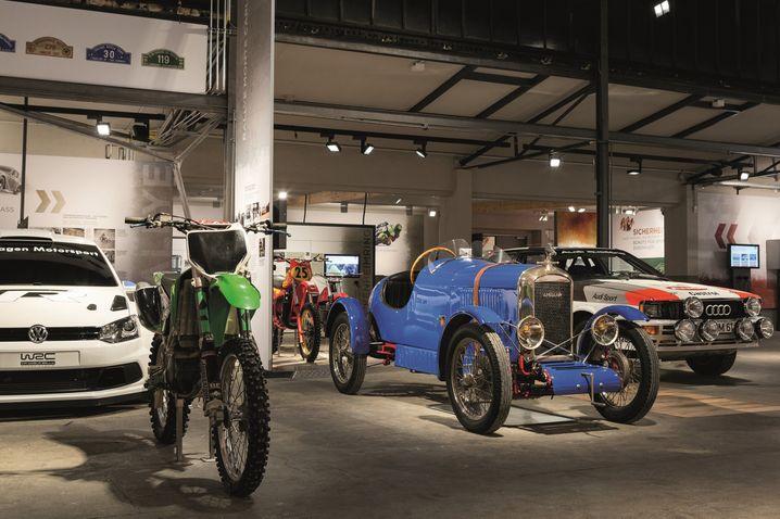 Bunter Mix: Unter den 350 Exponaten des PS-Speichers in Einbeck zeigen sich den Besuchern nicht nur Autos sondern auch viele Motorräder.