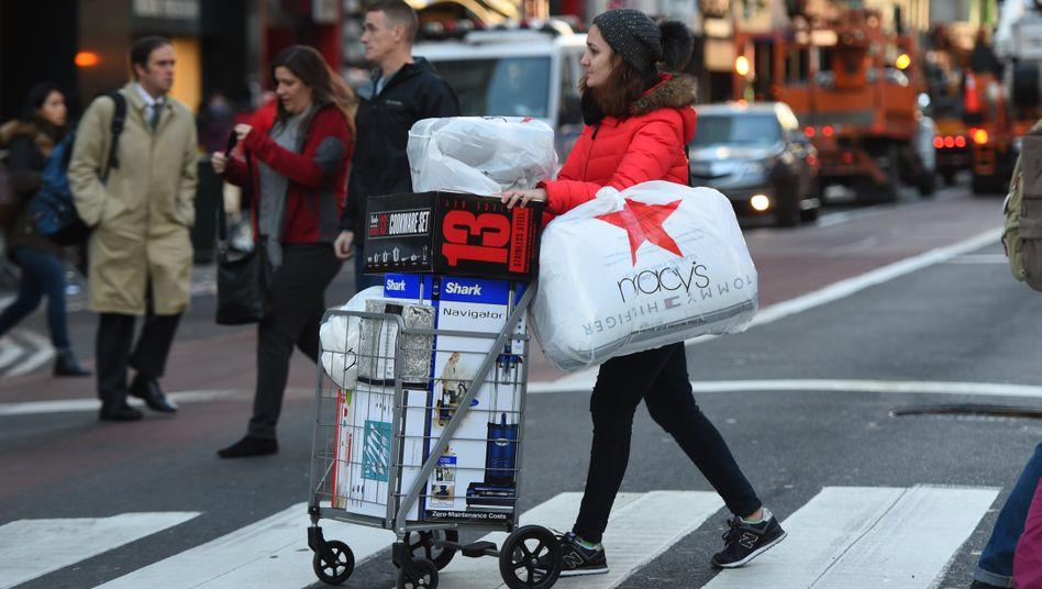 Bild aus besseren Zeiten: Die Amerikaner gelten als Shopping-freudig - davon ist derzeit wenig zu spüren.